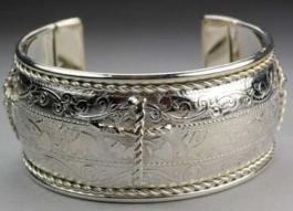 Cross Cuff Bracelet Silver