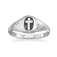 Woman's Sterling Silver Oval Cross Ring