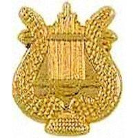 Gold Music Lyre Pin