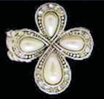 Pearl Cross Stretch Ring Silver