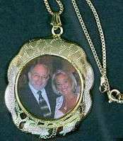 Inexpensive Gold Photo necklace